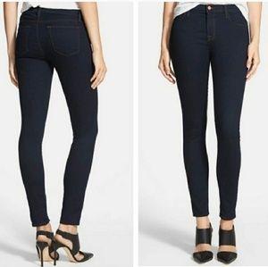 J Brand 811 Skinny Leg Jeans in Ink 26